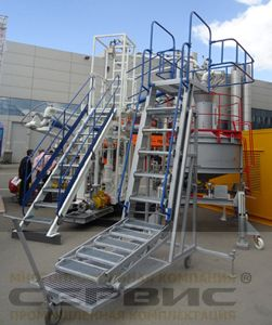 одном лестница передвижная боковая для автоцистерн Liod Итальянская компания